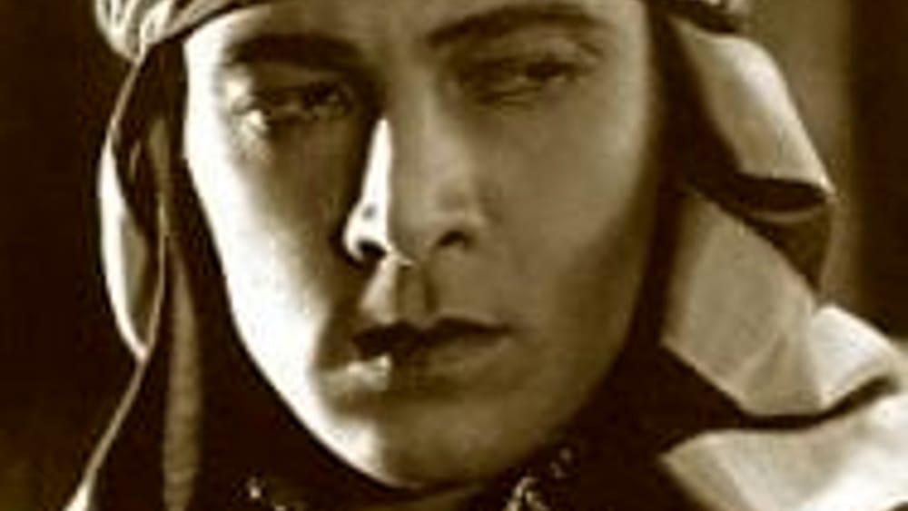 Rodolfo valentino e gli anni di vita a perugia il legame - Divo santa maria a monte ...